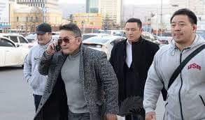 Cengiz Han torunu Haltmaagiyn Battulga Moğolistan yeni başkanı!