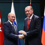 Putin müzaffer, çünkü Kremlin'den yabancı danışmanları kovdu