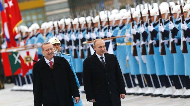 Putin: İlişkilerin düzelmesi için adımı Türkiye atmalı